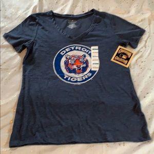 Detroit Tigers vintage logo tee shirt